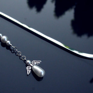 Zakładka z perłowym aniołkiem