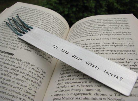Zakładka do ksiązki - Czy tata czyta cytaty Tacyta?