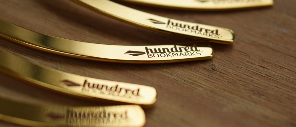 Logo Hundred Bookmarks na zakładkach do książek