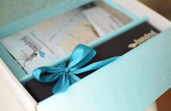 Pomysł na prezent - pięknie zapakowana zakładka do książki