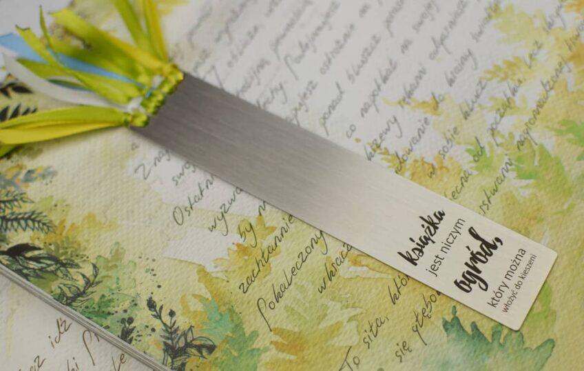 Zakładka: Książka jest niczym ogród, który można włożyć do kieszeni